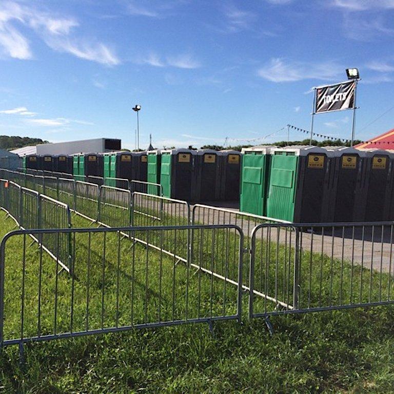 2014 Concert Festival Gig Toilets Trailers WC Rental